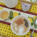 Smoothie bowl + maca + coco + chocolat cru + chia